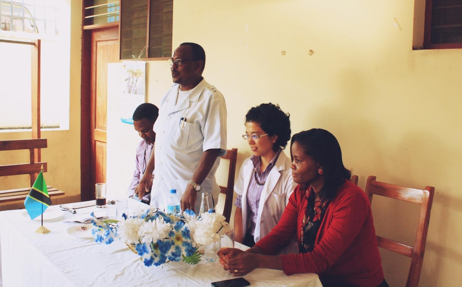 タンザニアで医療インターン中の西舘野阿さん